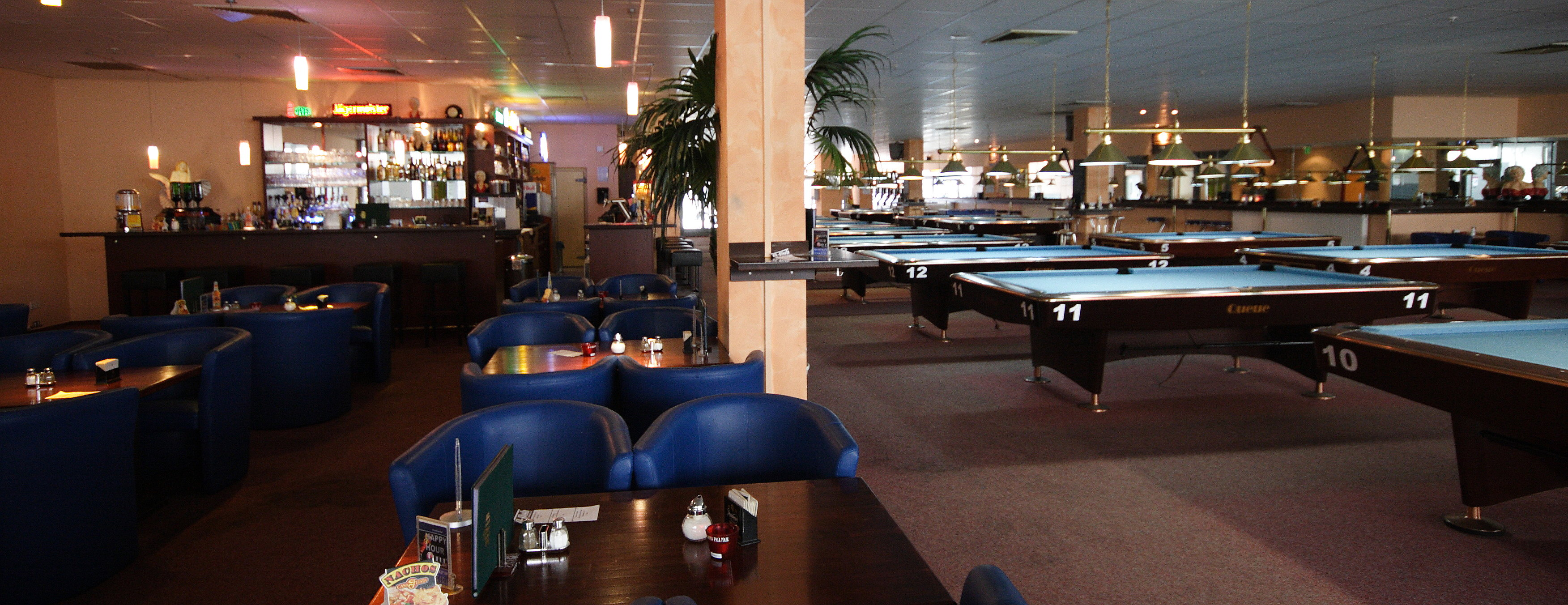 poolhall 2a
